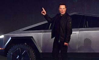 """Elon Musk, Oğluna """"X Æ A-12 Musk"""" Adını Verdi (Anlamı Ne?)"""