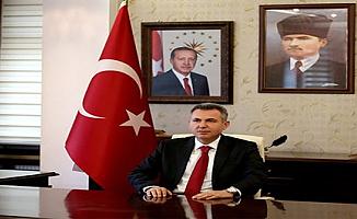Adana Valiliğine Demirtaş'ın Yerine Süleyman Elban Atandı (Kimdir , Nerelidir , Önceki Görevleri)