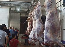 Ahlat Derneklerinden 900 aileye kurban eti