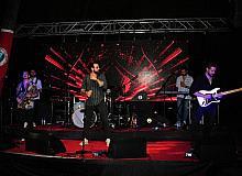 Balçova'da çim konserlerinin ilki coşku dolu anlara sahne oldu