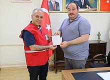 Belediye başkanı Kızılay'a 4 kurban bağışladı