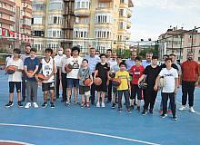 Boyabat Belediyesi yaz spor okulu etkinlikleri başladı