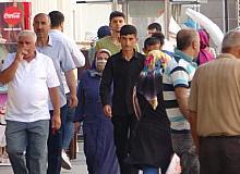 Diyarbakırlılar bayram sabahı Sur ilçesine akın etti