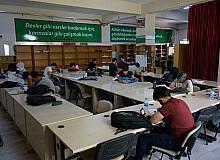 Gençlerin ders çalışma yeri Karaköprü okuma evi oldu