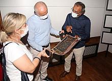 Gültak, son aşamaya gelen Mersin'e İz Bırakanlar Müzesindeki çalışmaları inceledi