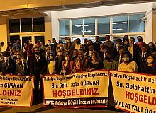 Gürkan, Kıbrıs'ta coşkuyla karşılandı