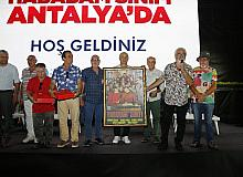 Hababam Sınıfı oyuncuları Antalyalılarla buluştu