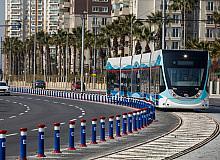 İzmir'in toplu ulaşımı bayramda yüzde 50 indirimli