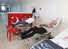 Siirt valiliği personelinden kan bağışı kampanyasına destek