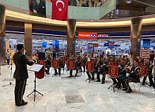 Afyonkarahisar'da TSK bando takımı konser verdi