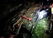 Alkollü olduğu iddia edilen sürücü başka araca çarparak mısır tarlasına uçtu: 1 yaralı