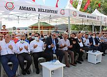 Amasya Belediyesi aşure programı düzenledi