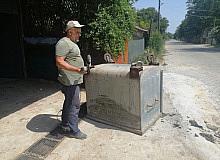 Belediye ekipleri yapmayınca iş vatandaşa düştü