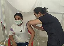 Hisarcık pazar yerinde Covid-19 aşı standı kuruldu