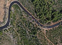 Isparta'da 2 köyü ilçeye bağlayan yol sıcak asfalta kavuşuyor
