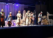 Isparta'da 'Yunus'la Yürürken' isimli tiyatro oyunu sergilendi