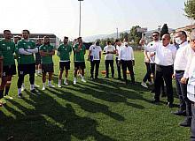 Maç öncesi Büyükakın'dan Kocaelispor'a moral ziyareti