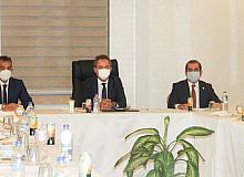 Milli Eğitim Bakanı Özer, Ahlat'ta il müdürleriyle eğitim değerlendirme toplantısı yaptı