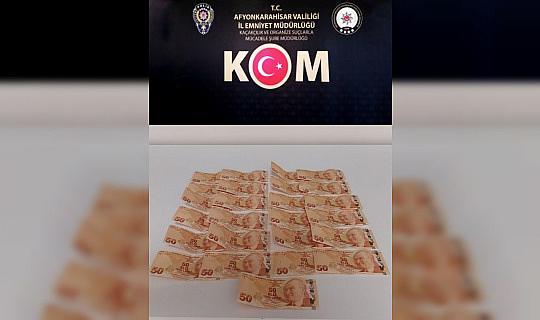 Sahte 50 TL'lik banknotlarla yakalandılar