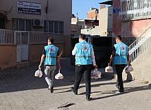 Siirt Belediyesi 150 aileye sıcak yemek desteği sağlıyor