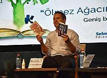 Umut Akdoğan Edremit Kitap fuarında konuştu