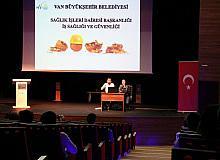 Van Büyükşehir Belediyesinden yeni atanan memurlara iş sağlığı eğitimi