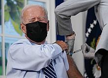 ABD Başkanı Biden 3'üncü doz Covid-19 aşısını oldu