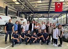 Gülben Ergen Bursa'da aile dostlarıyla buluştu