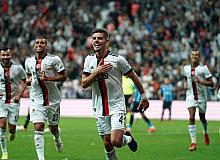 Süper Lig: Beşiktaş: 2 - Adana Demirspor: 0 (İlk yarı)