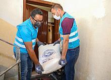 Talas Belediyesi ektiği buğdayı un yaparak dağıttı