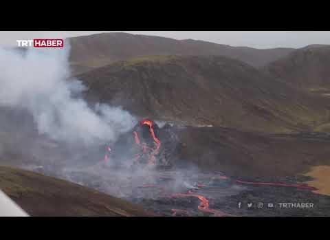 800 Yıldır Uyuyan Yanardağda Patlama: Görüntüler Geldi